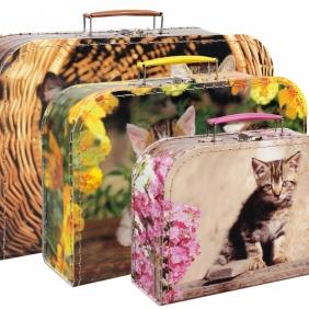Lepenkový kufřík