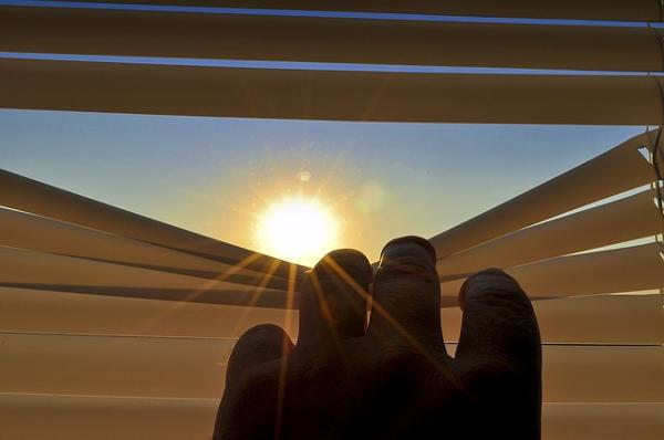 Žaluzie a slunce