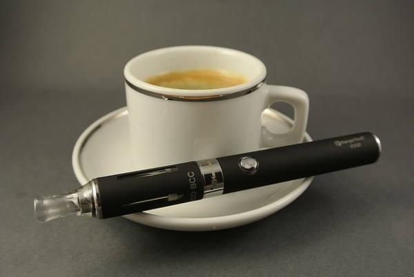 Kafe a e-cigareta